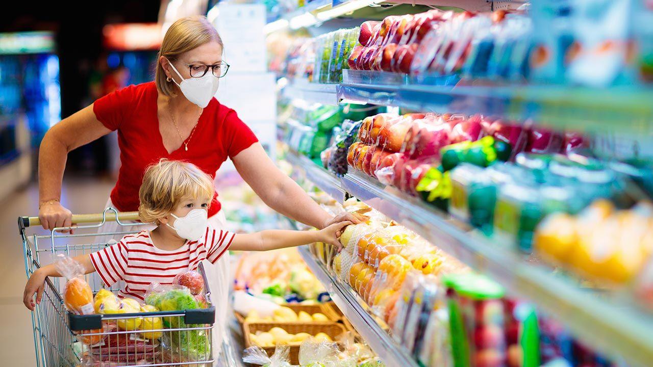 11 kwietnia sklepy zamknięte (fot. Shutterstock/FamVeld)