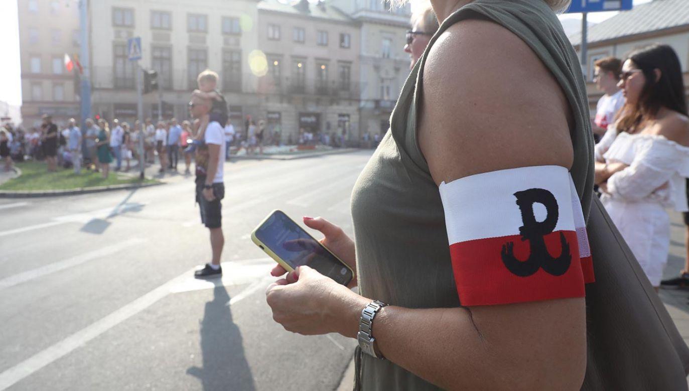 Zachęcamy do wysyłania zdjęć i filmów na adres twoje@tvp.info (fot. PAP/Tomasz Gzell)