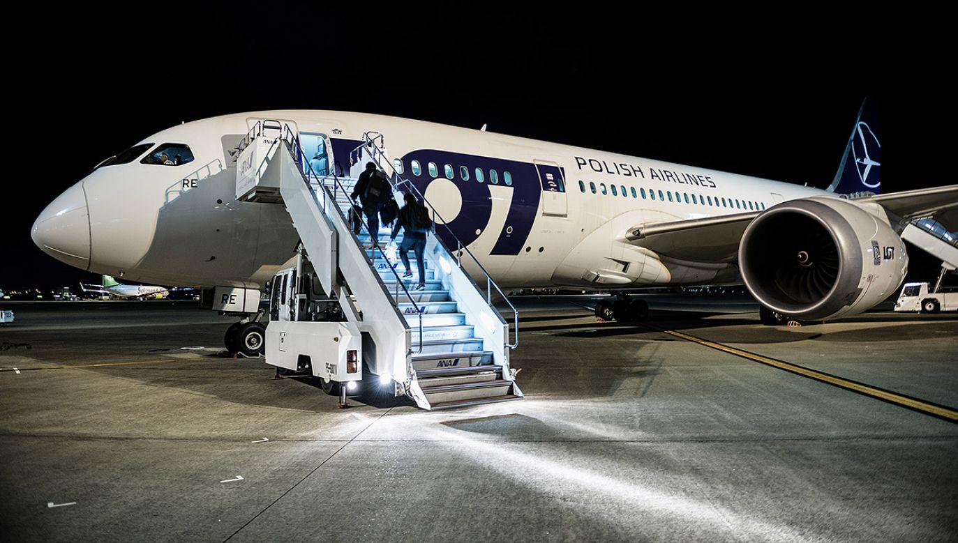 """Prezes PLL LOT Rafał Milczarski przekazał, że rząd polski podejmuje jeden z najważniejszych projektów, który będzie miał """"ogromy"""" wpływ na Europę Środkowo-Wschodnią (fot. Shutterstock/Fotokon)"""