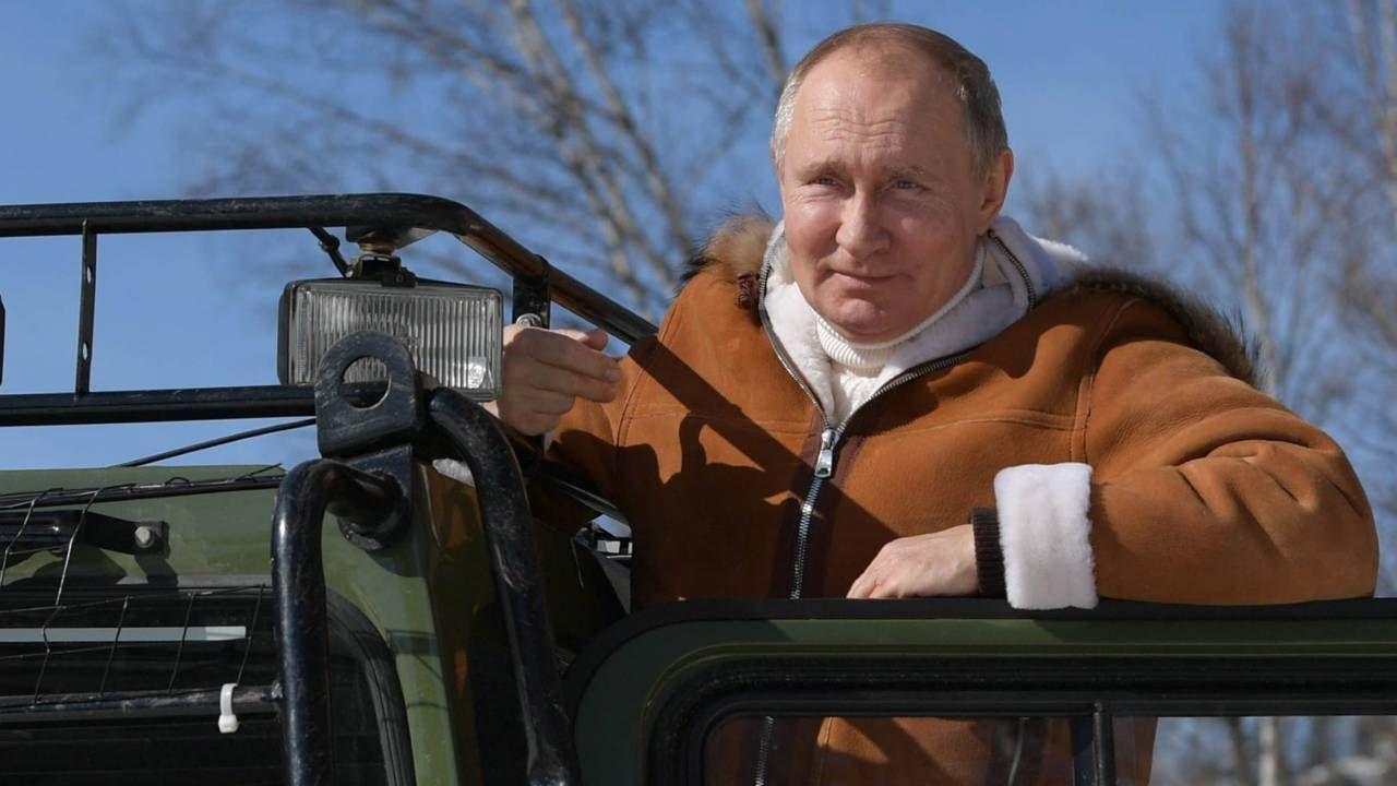 Władimir Putin chce się przypodobać Cerkwi (fot. PAP/EPA/ALEXEI DRUZHININ / SPUTNIK / KREMLIN POOL)