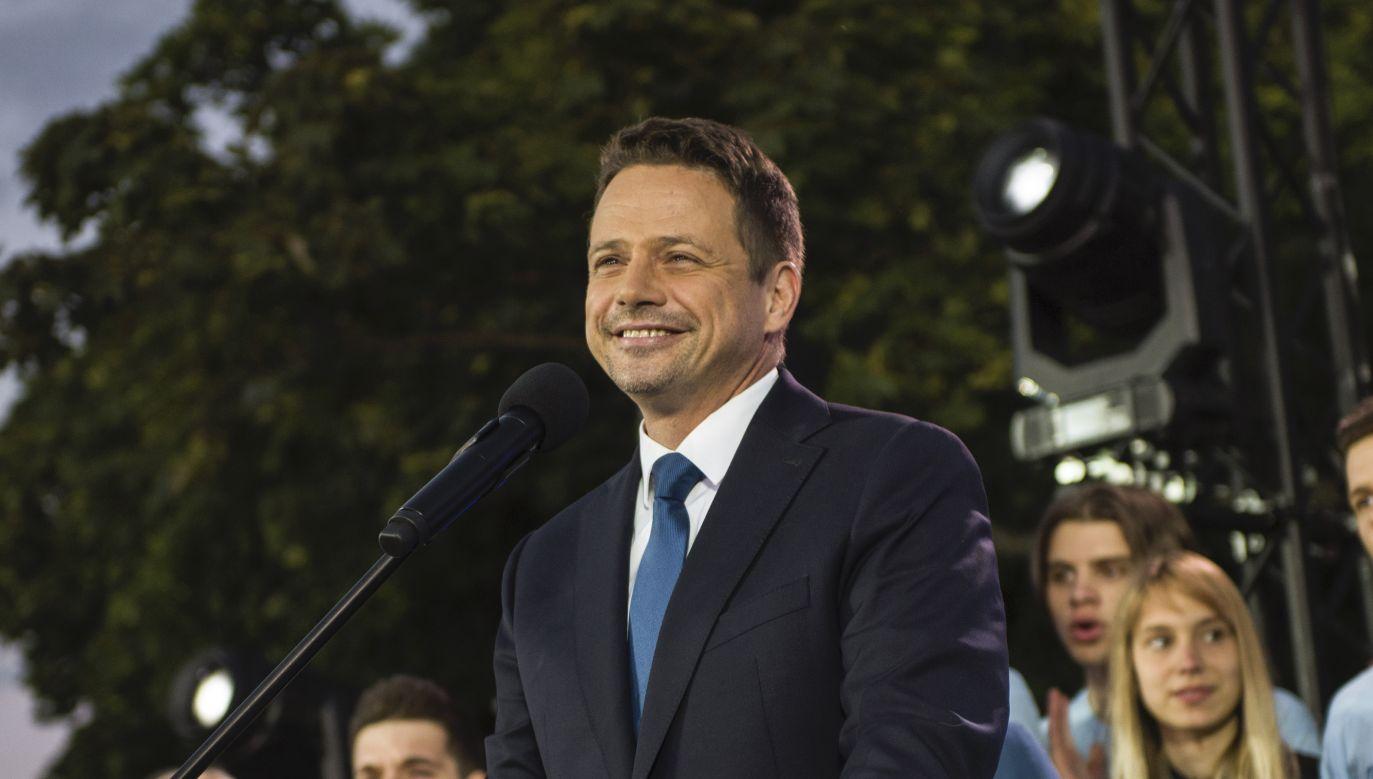 Rafał Trzaskowski o Strajku Kobiet (fot. Attila Husejnow via Getty Images)