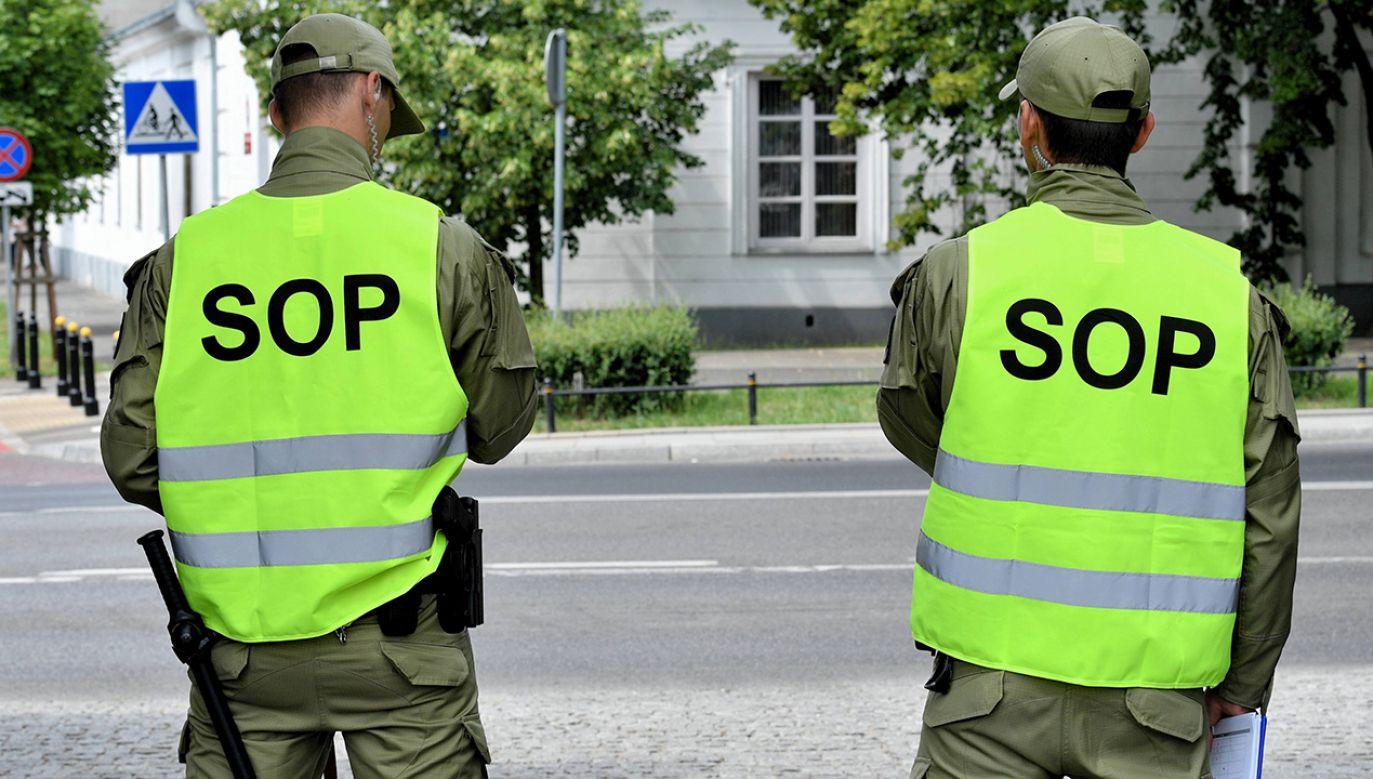 26-letni funkcjonariusz SOP miał uczestniczyć we włamaniu i kradzieży dwóch samochodów (fot. arch. PAP/Jacek Turczyk)