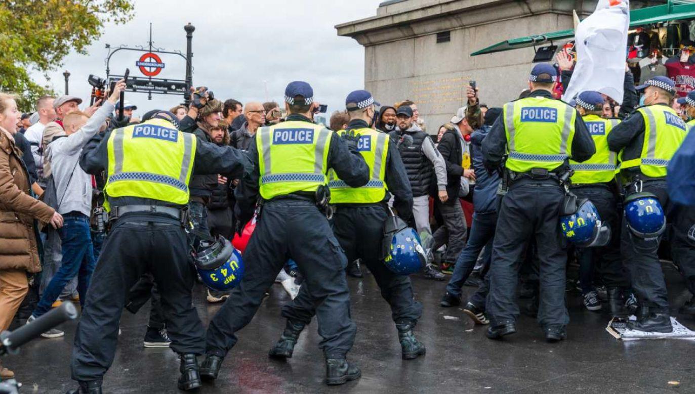 W proteście według mediów wzięło udział kilkaset osób (fot. PAP/EPA/VICKIE FLORES)