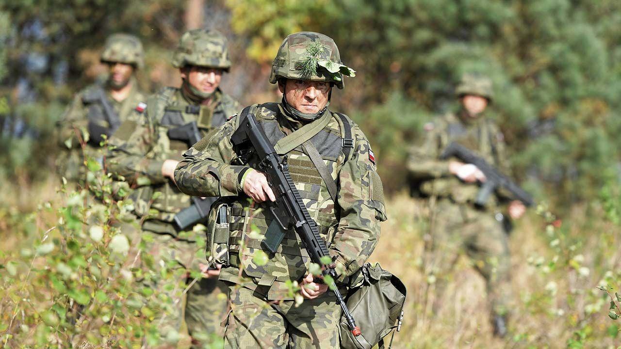 Żołnierze WOT pojawią się w jednostkach w ciągu kilku godzin po ewentualnym wezwaniu (fot. PAP/Grzegorz Michałowski)