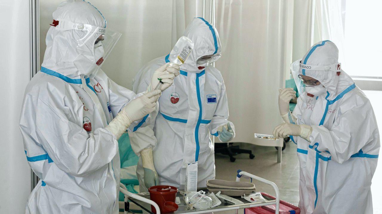 Nowe dane o epidemii koronawirusa w Polsce – piątek 16 kwietnia 2021 (fot. PAP/A.Koźmiński)