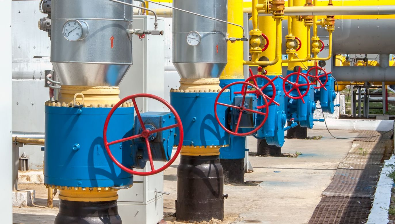 Ukraina gotowa jest kupować od Polski do 6,6 mld metrów sześciennych gazu rocznie (fot. Shutterstock/SergBob)