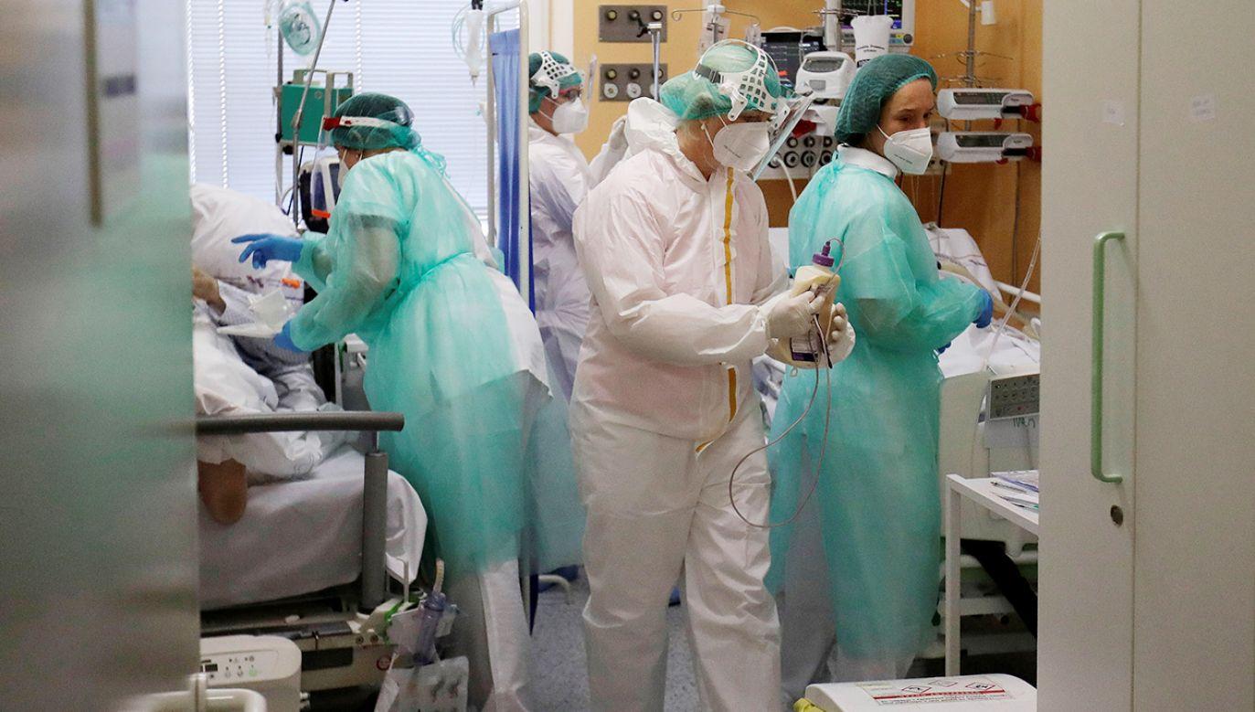Obowiązek pracy studentów i uczniów szkół medycznych w szpitalach wprowadzany jest w Czechach po raz trzeci (fot. REUTERS/David W Cerny/File Photo)