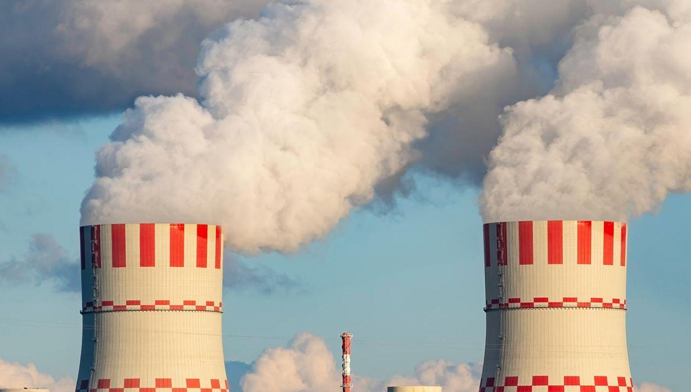Fake newsy o reaktorach czwartej generacji (fot. Shutterstock/Leonid Sorokin, zdjęcie ilustracyjne)