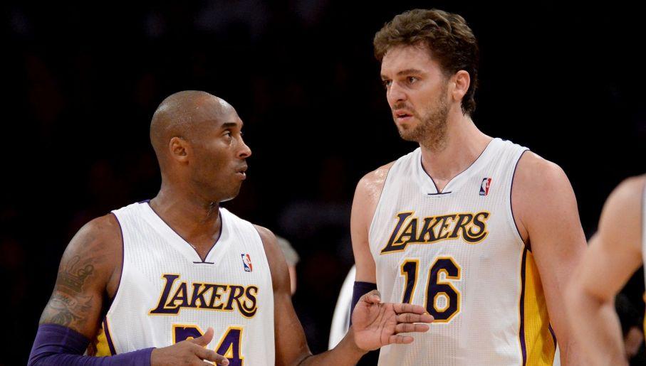 Kobe i Pau Gasol stworzyli znakomicie uzupełniający się duet (fot. Getty)
