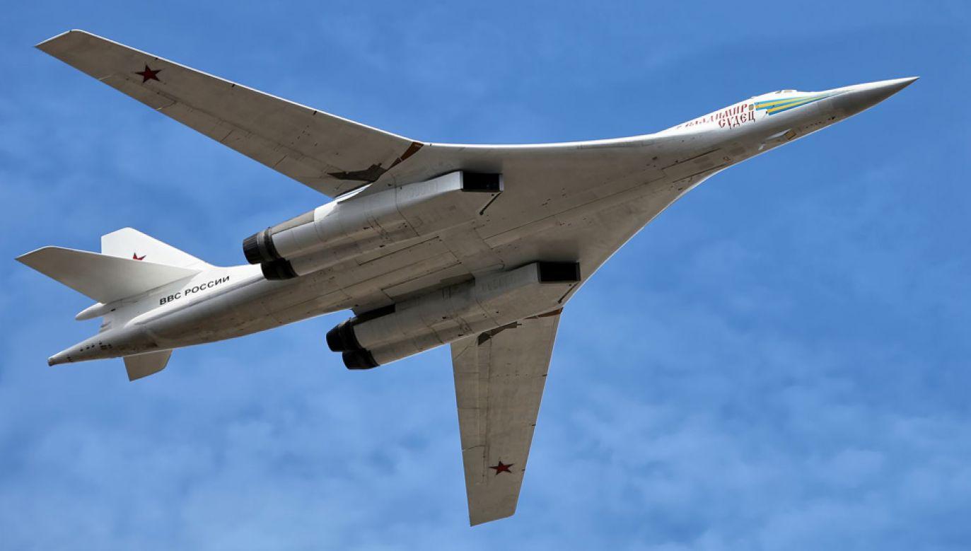Naddźwiękowy Tu-160 może przenosić 12 pocisków nuklearnych bliskiego zasięgu (fot. Vitaly Kuzmin)
