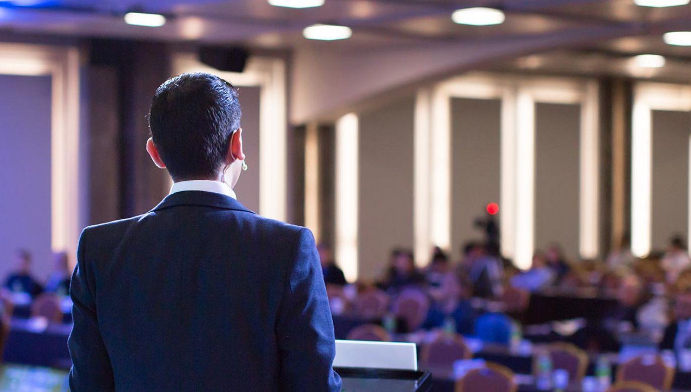 Odbudowa branży targów, kongresów i konferencji może potrwać nawet 2-3 lata (fot. Shutterstock/Life and Times)