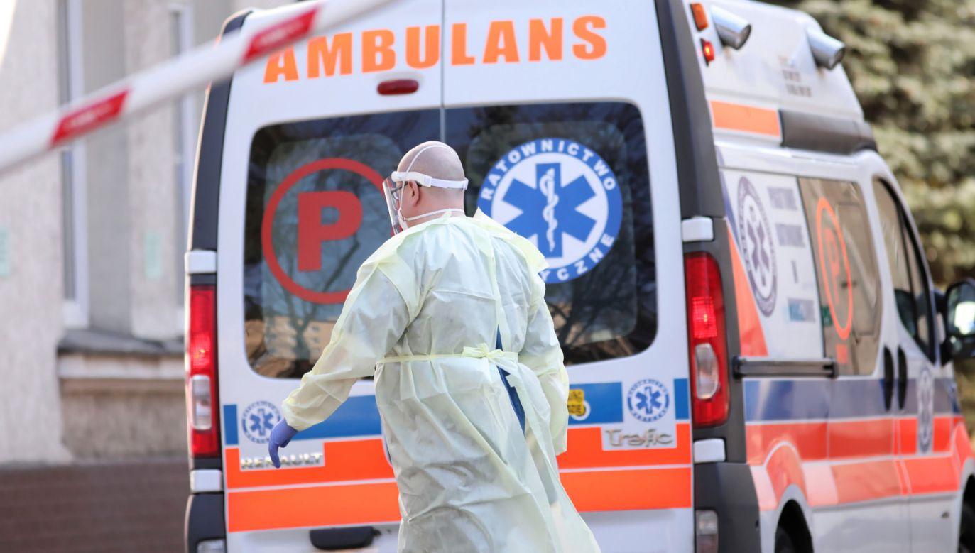 Od czwartku nie odnotowano zgonu spowodowanego koronawirusem (fot. PAP/Leszek Szymański)