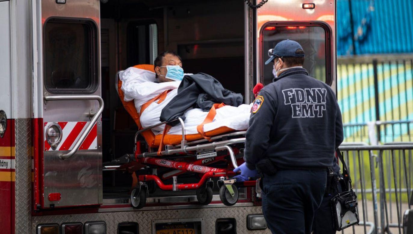 Dobowa liczba nowych wykrytych zakażeń przekroczyła 60 000 już piąty dzień z rzędu (fot.  Robert Nickelsberg/Getty Images)