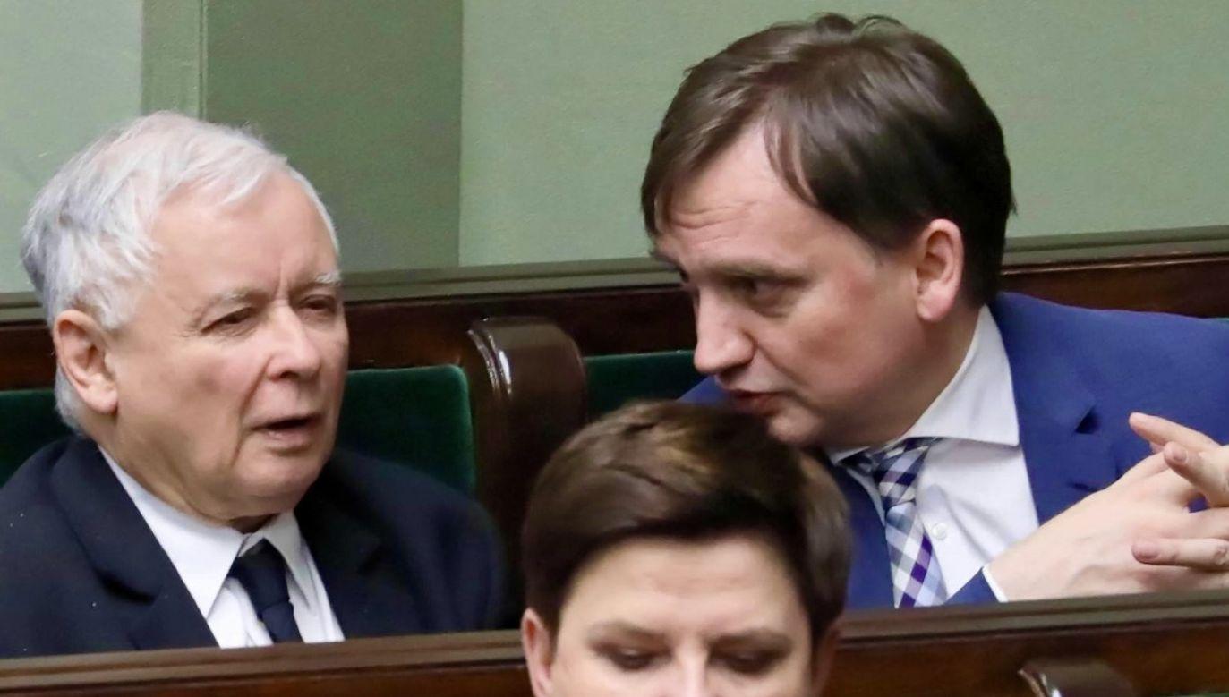 Prezes PiS Jarosław Kaczyński (L), minister sprawiedliwości Zbigniew Ziobro (P) (fot. arch.PAP/Tomasz Gzell)