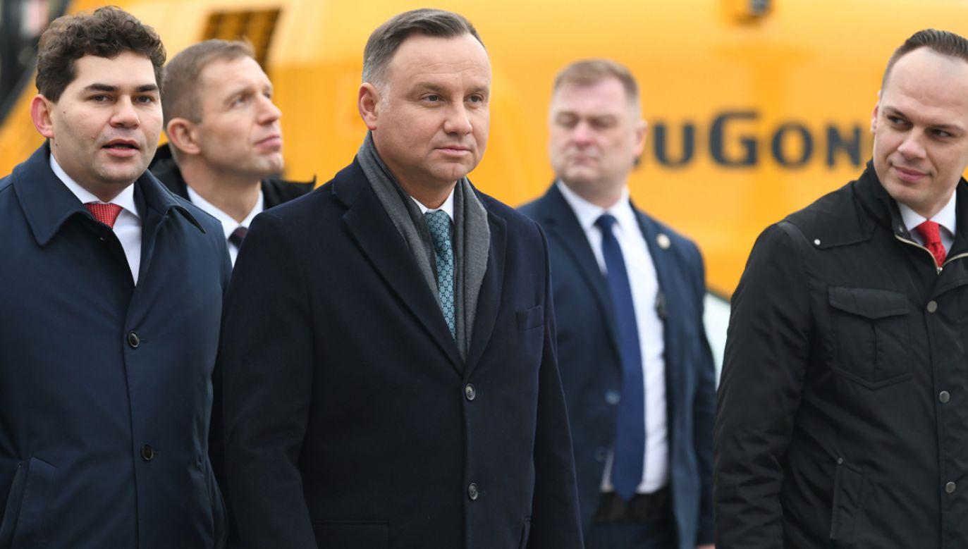 """Prezydent Andrzej Duda otworzył w Stalowej Woli wystawę """"Od COP do Gospodarki 4.0"""