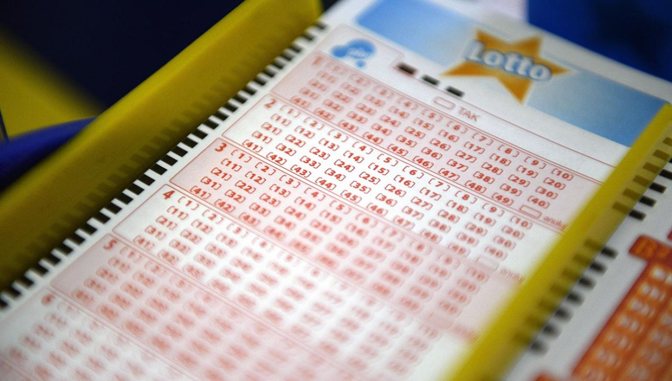 Wyniki losowania Lotto (fot. PAP/Darek Delmanowicz)