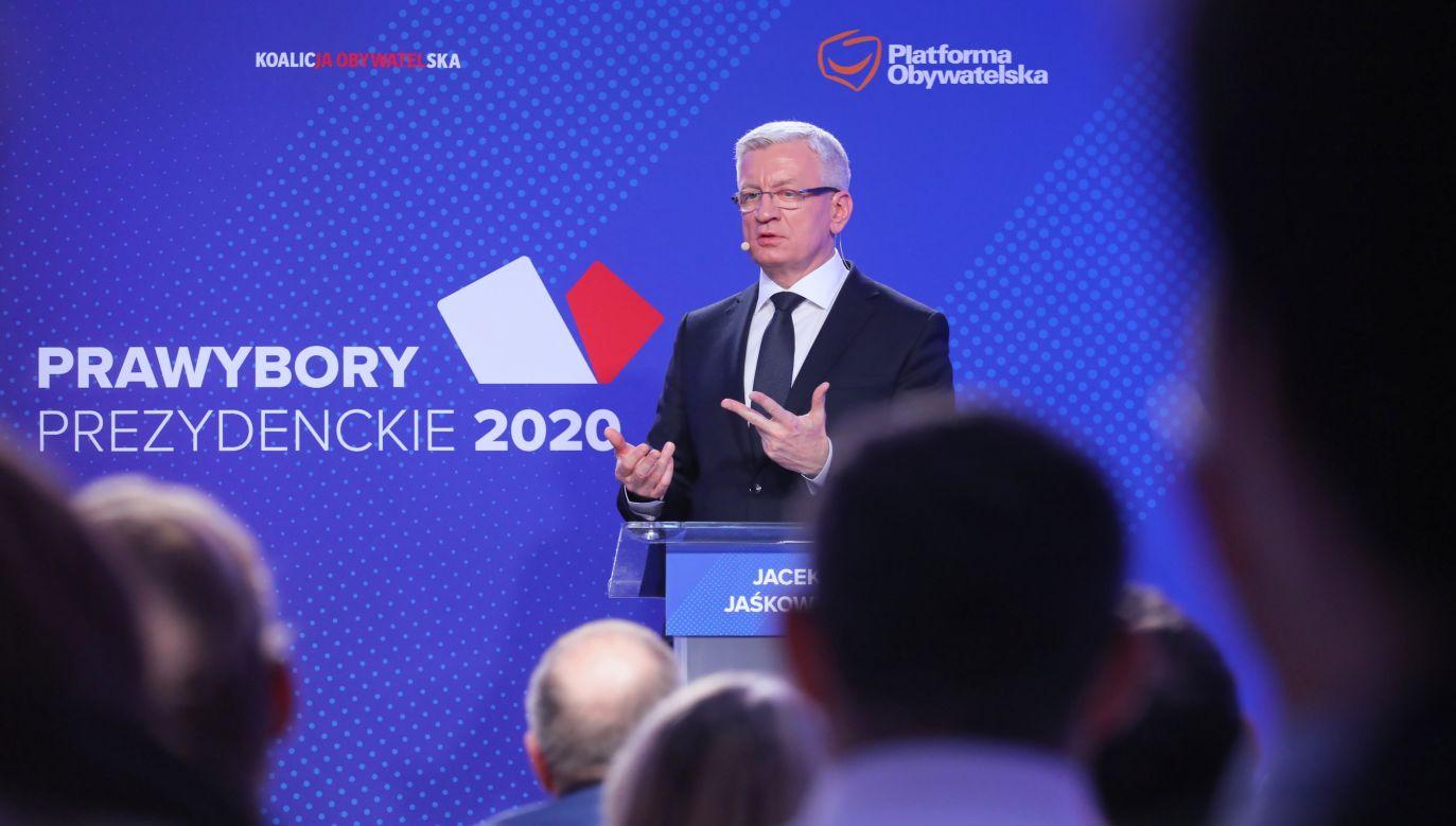 Kandydaci w prawyborach PO byli pytani od czego, jako prezydenci, zaczęliby reformę sił zbrojnych (fot. PAP/Paweł Supernak)