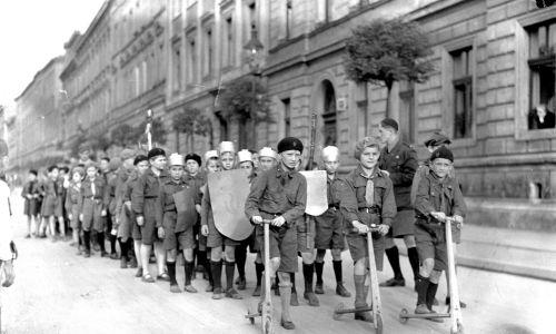 """Kraków 1934 r. Obchody """"Tygodnia Zucha"""". Fot.  IKC/NAC"""