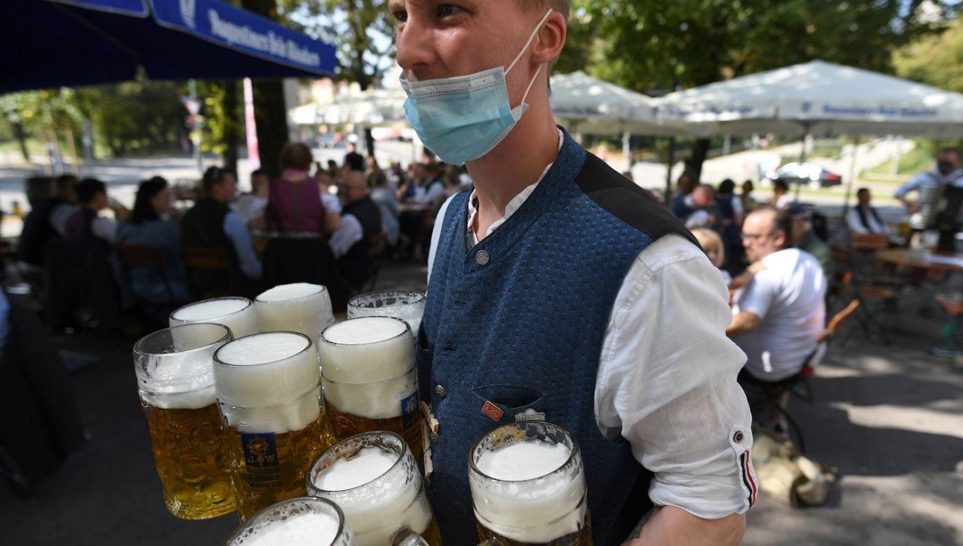 Najwięcej infekcji wykryto dotychczas w Nadrenii Północnej-Westfalii, Bawarii i Badenii-Wirtembergii (fot. Reuters/Andreas Gebert)