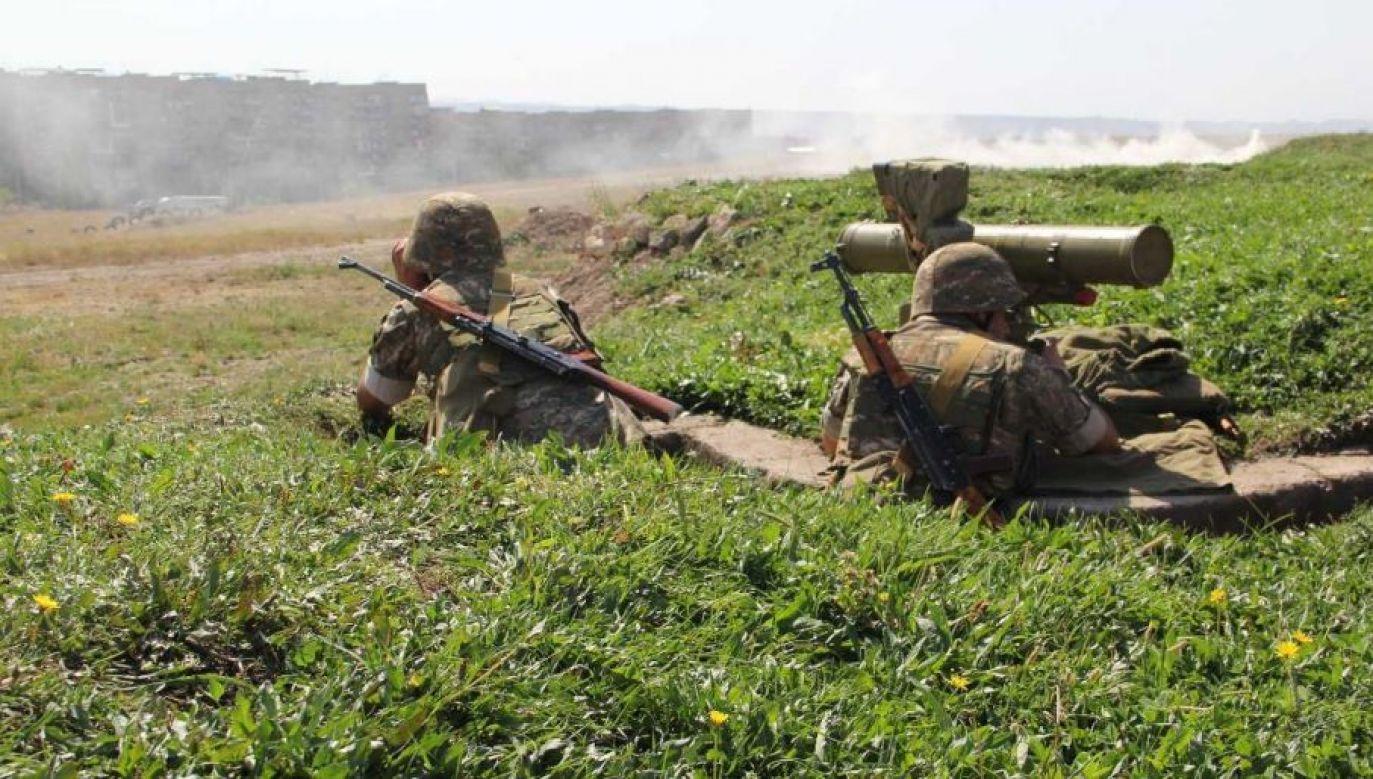 Operację wojskową roypocyto wzdłuż tzw. linii kontaktowej – mocno zaminowanej ziemi niczyjej (fot. mil.am)