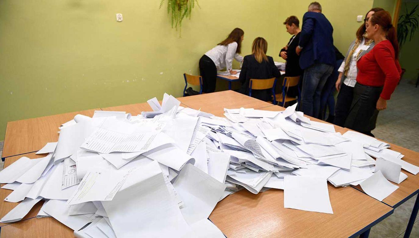 Błażej Spychalski w TVP Info był pytany, jak prezydent ocenia powyborczą sytuację w Senacie  (fot. PAP/Darek Delmanowicz)