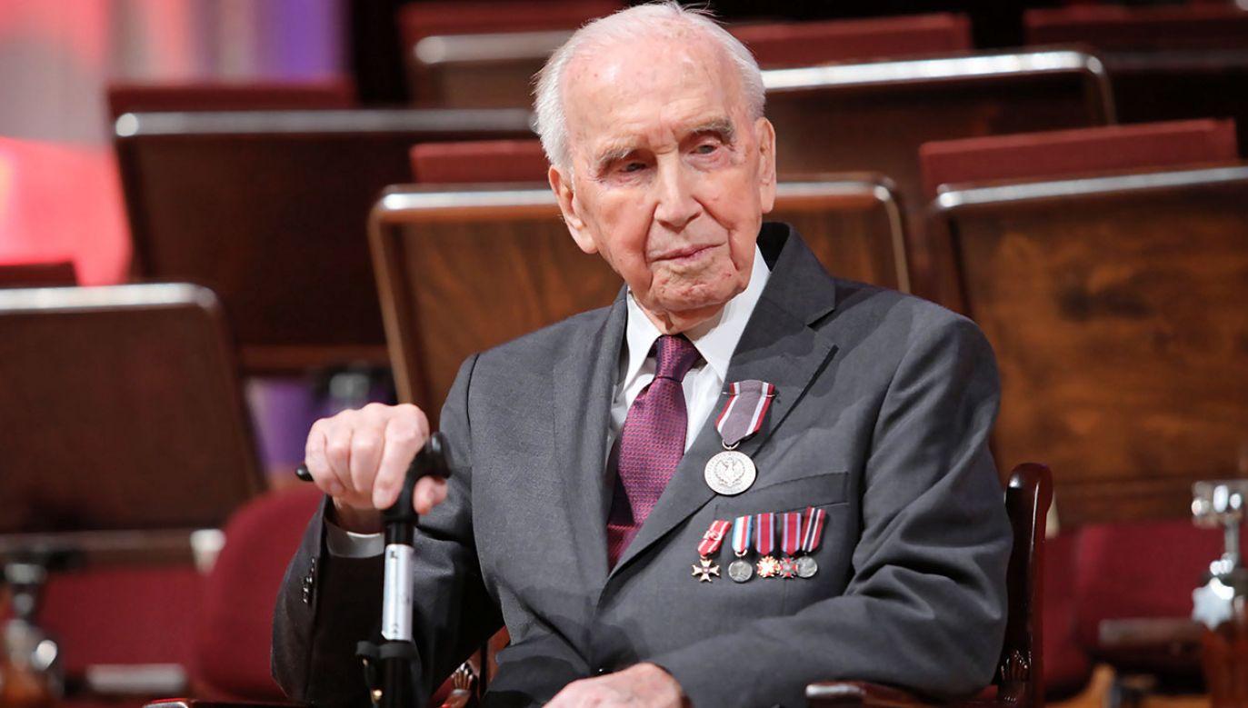 """We wtorek Józef Walaszczyk został odznaczony Medalem """"Pro Bono Poloniae"""