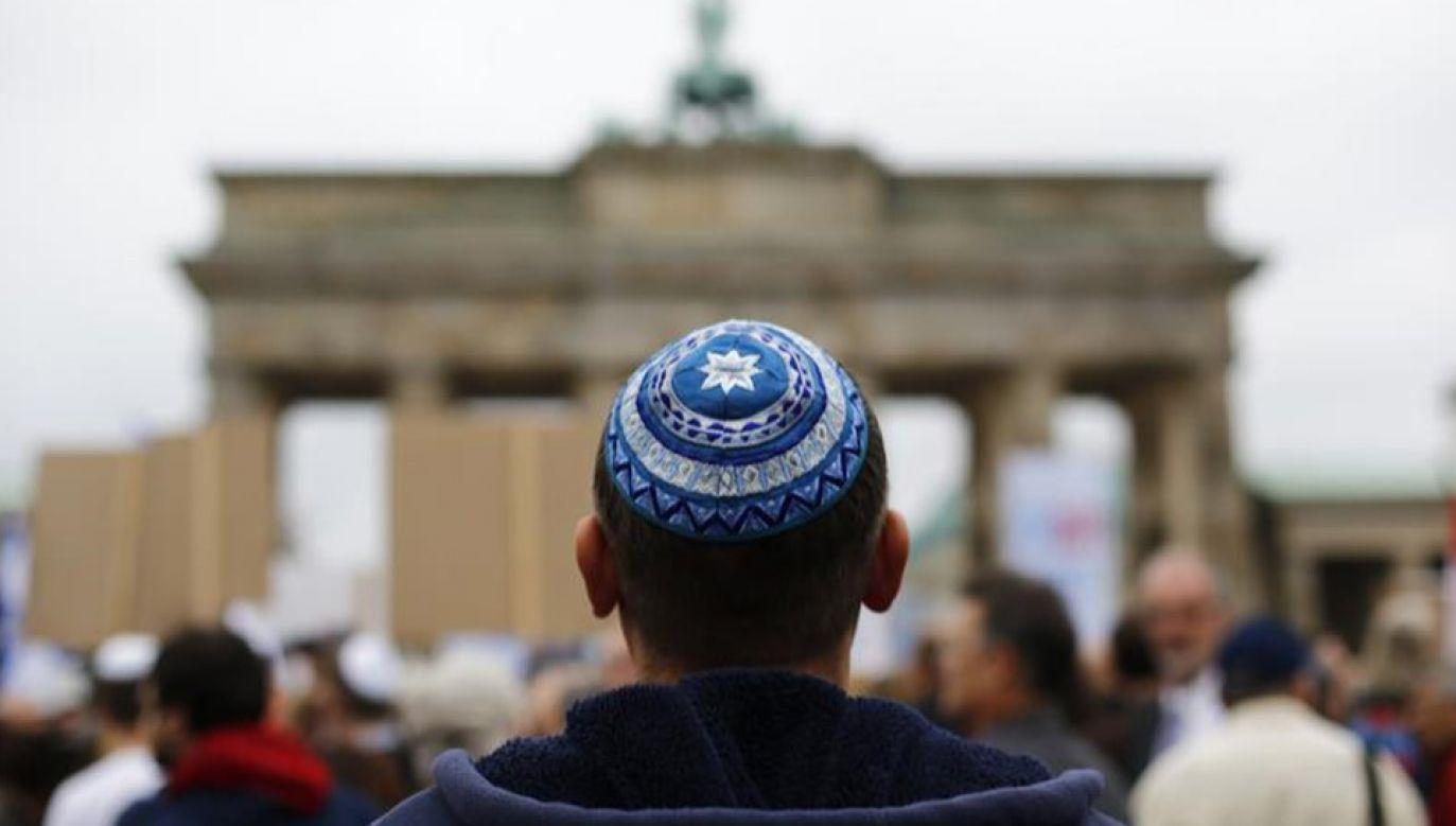 Burmistrz Duesseldorfu nie podziela obaw przedstawicieli gminy żydowskiej  (fot.REUTERS/Thomas Peter)