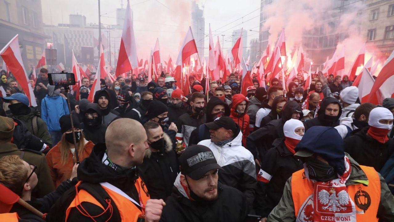 PiS wydał oświadczenie w sprawie wydarzeń na Marszu Niepodległości (fot. PAP/Tomasz Gzell)