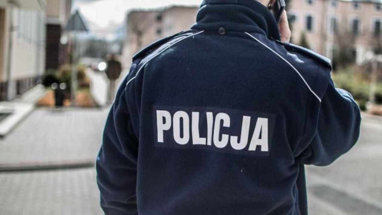 Kobietom wmówiono, że biorą udział w policyjnej zasadzce (fot. tvp.info/Paweł Chrabąszcz)