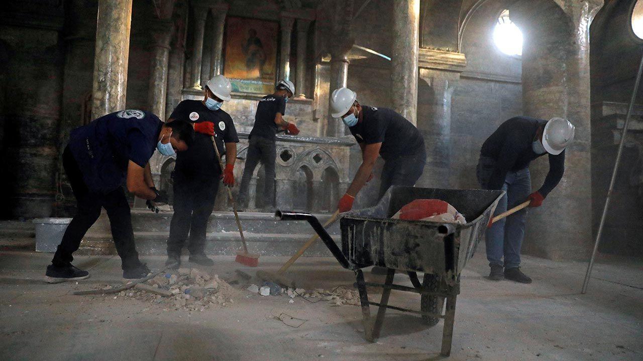 Wolomtariusze zachęcają chrześcijan do powrotu (fot. REUTERS/Abdullah Rashid)