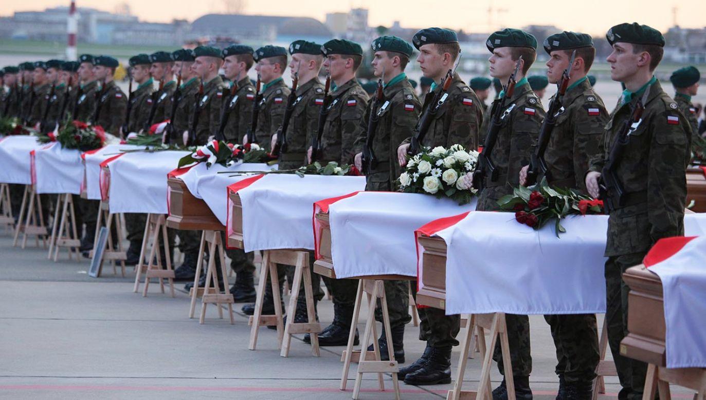 11 lat temu w Smoleńsku zginęło 96 przedstawicieli państwa polskiego (fot. PAP/Paweł Supernak)