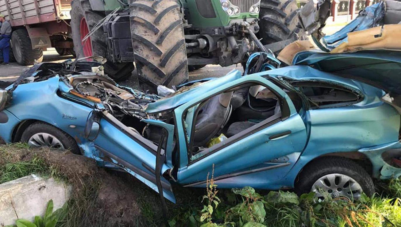 26-letni kierowca ciągnika był trzeźwy (fot.Facebook/ OSP Zawidz)