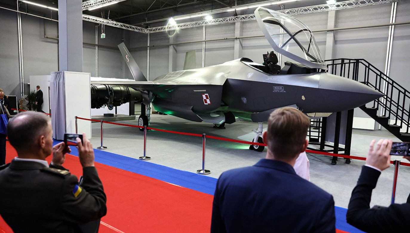 Według deklaracji złożonych w ubiegłym roku przez producenta F-35 – koncernu Lockheed Martin – pierwsze samoloty dla Polski mogłyby zostać dostarczone w 2024 r. (fot. arch. PAP/Rafał Guz)