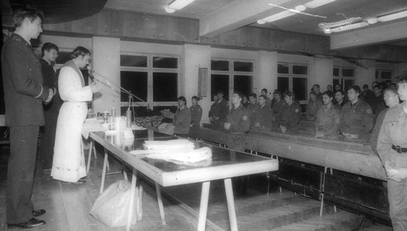 Studenci-podchorążowie mogli liczyć na wsparcie ks. Jerzego Popiełuszki (fot. SGSP)