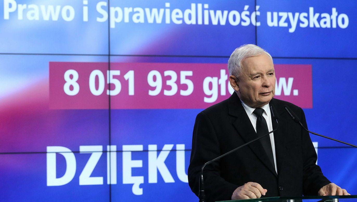 Od czasu demokratycznego przełomu w Polsce żadna partia nie zdobyła tylu głosów (fot. PAP/Rafał Guz)