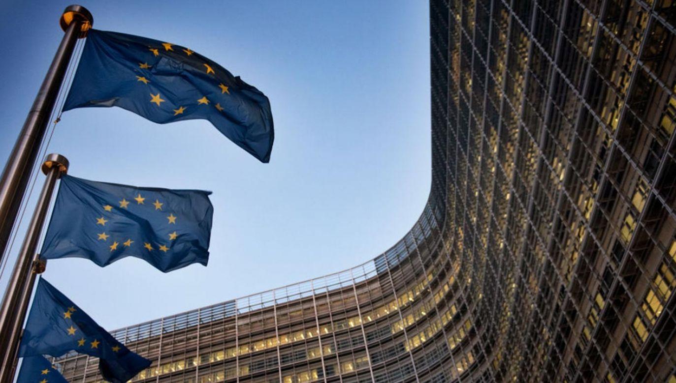 Polska cały czas czeka na zatwierdzenie Krajowego Planu Odbudowy (fot. Michele Spatari/NurPhoto via Getty Images)
