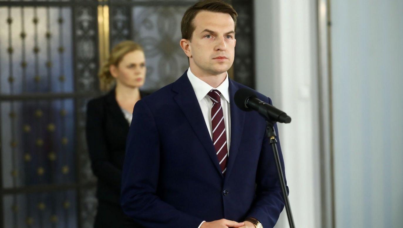 Adam Szłapka, były rzecznik sztabu wyborczego Małgorzaty Kidawy-Błońskiej (fot. PAP/Rafał Guz)