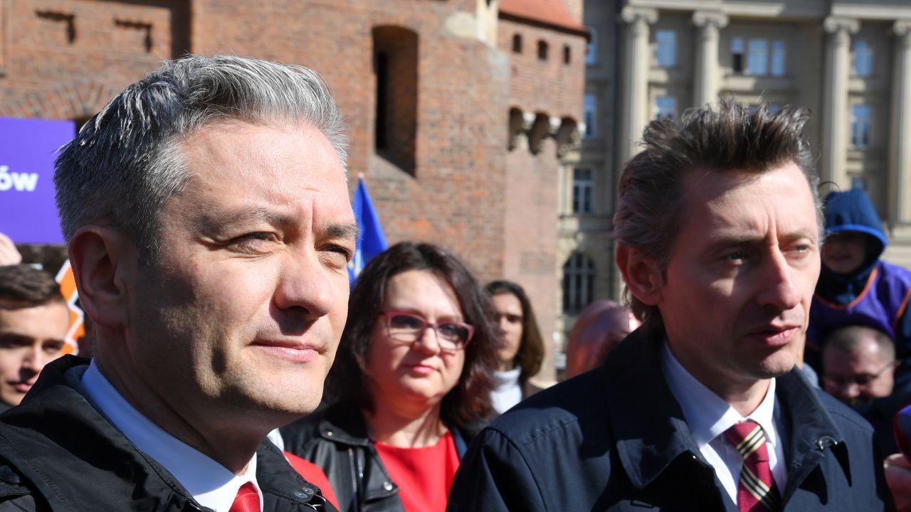 Robert Biedroń i Maciej Gdula (fot. PAP/Jacek Bednarczyk)