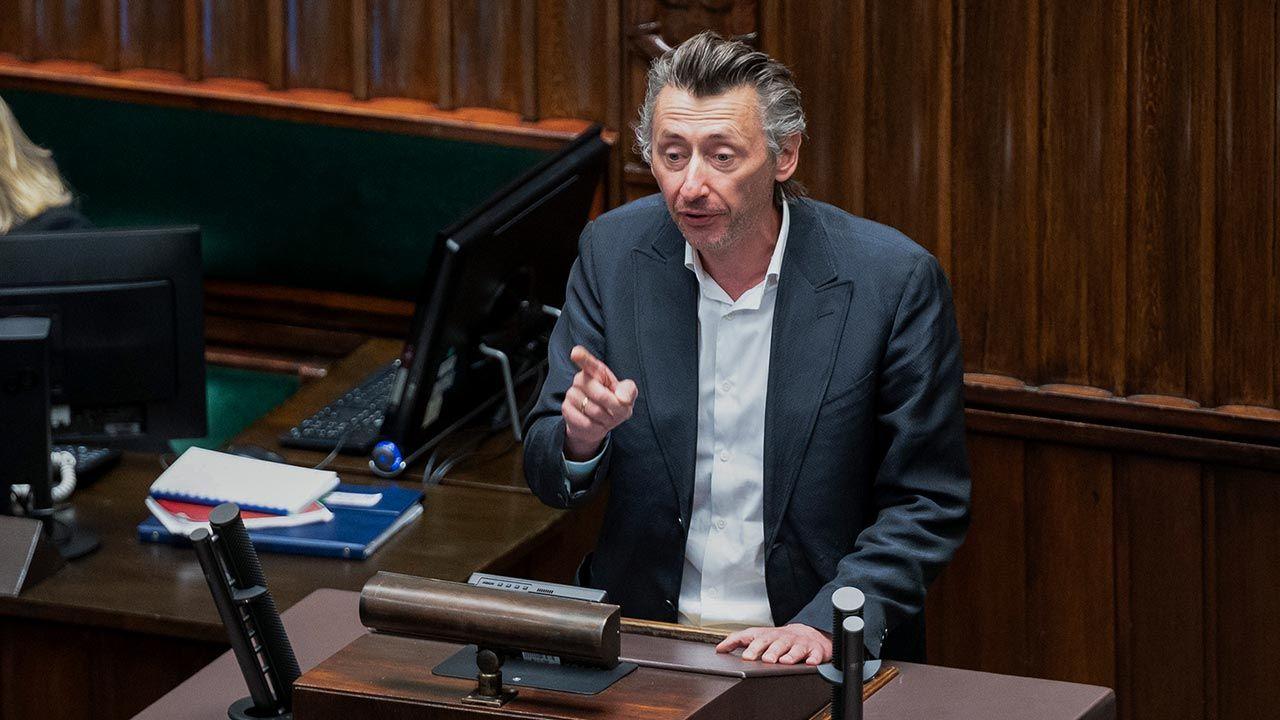 Poseł Maciej Gdula o podatkowych propozycjach Polskiego Ładu (fot. Forum/FotoNews/MARCIN BANASZKIEWICZ)