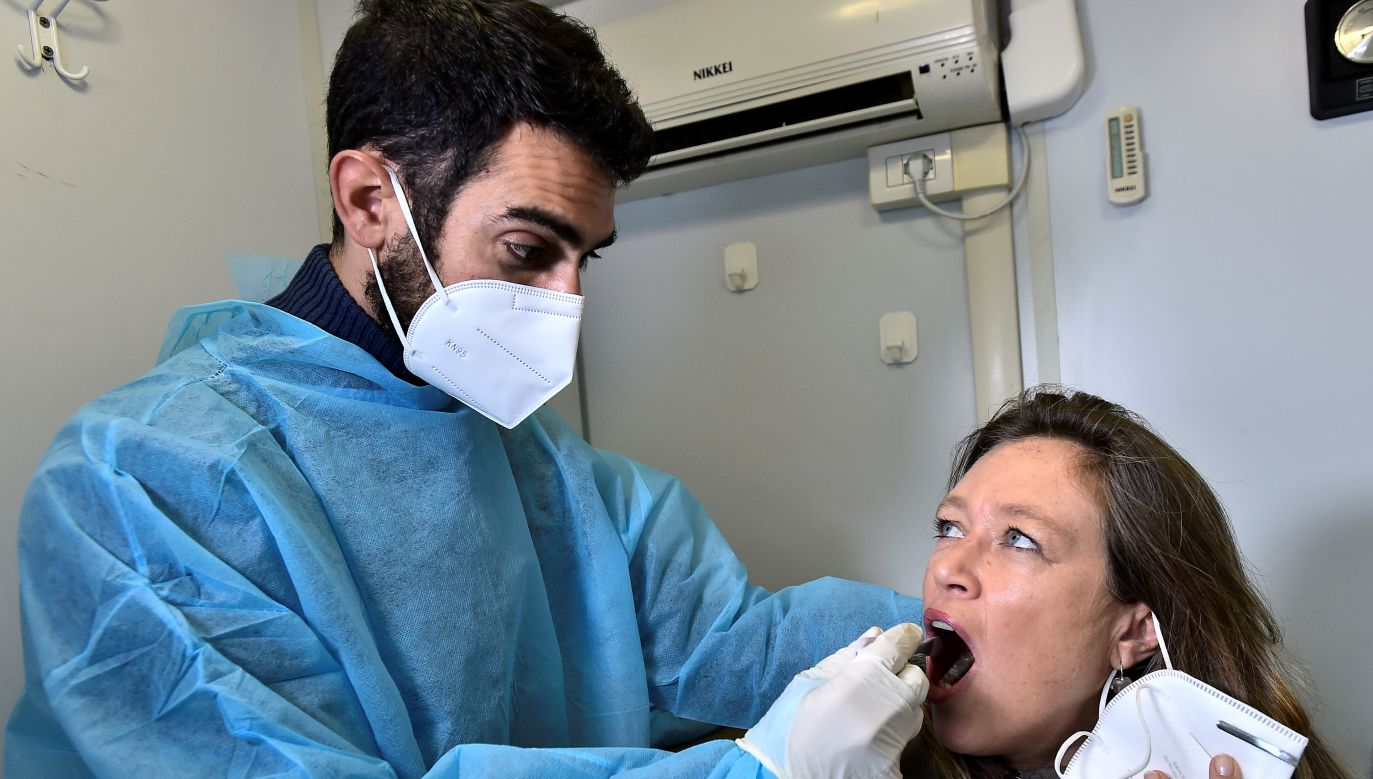 kutki gospodarcze pandemii są stukrotnie wyższe niż przewidywane koszty jej zapobiegania (fot. Reuters)
