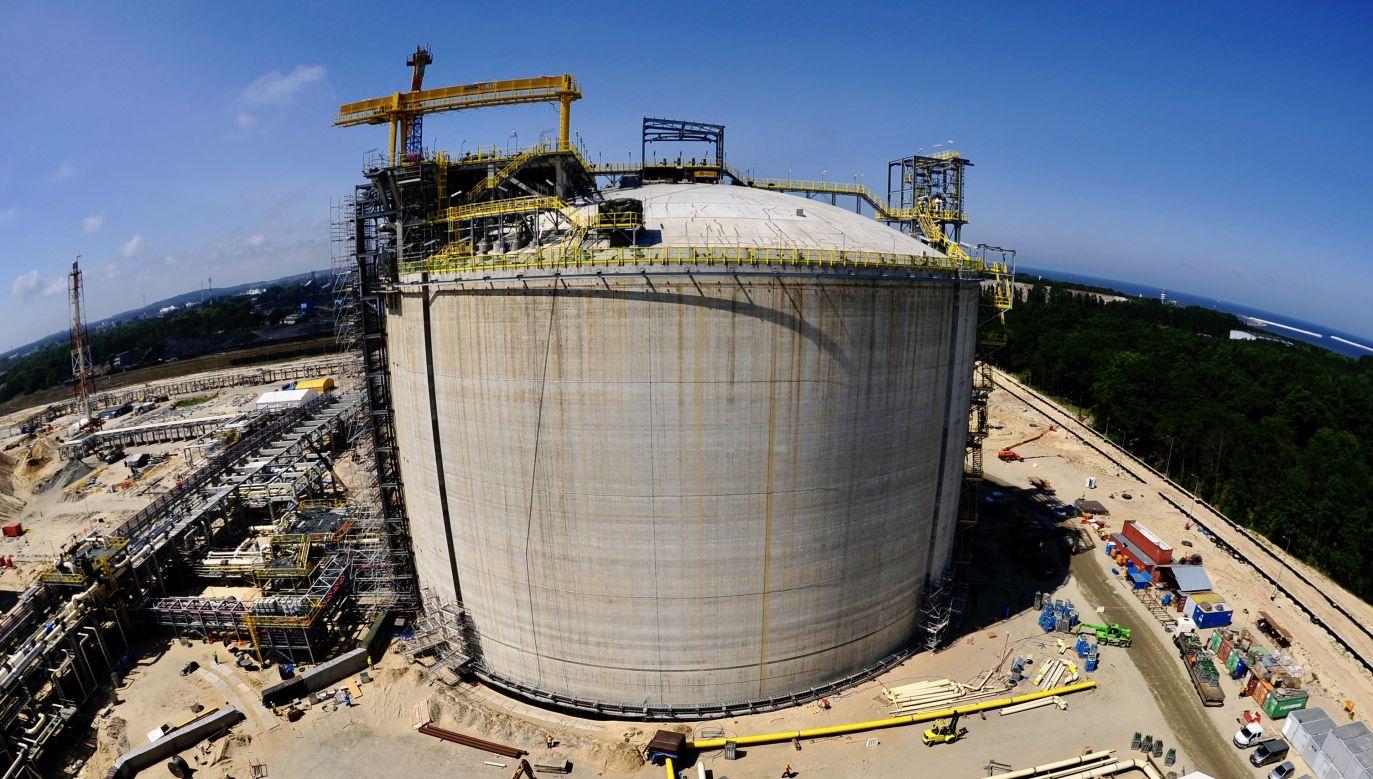 Ukraina chce pozyskiwać gaz skroplony dostarczany przez USA do terminala w Świnoujściu (fot. REUTERS/Filip Klimaszewski)