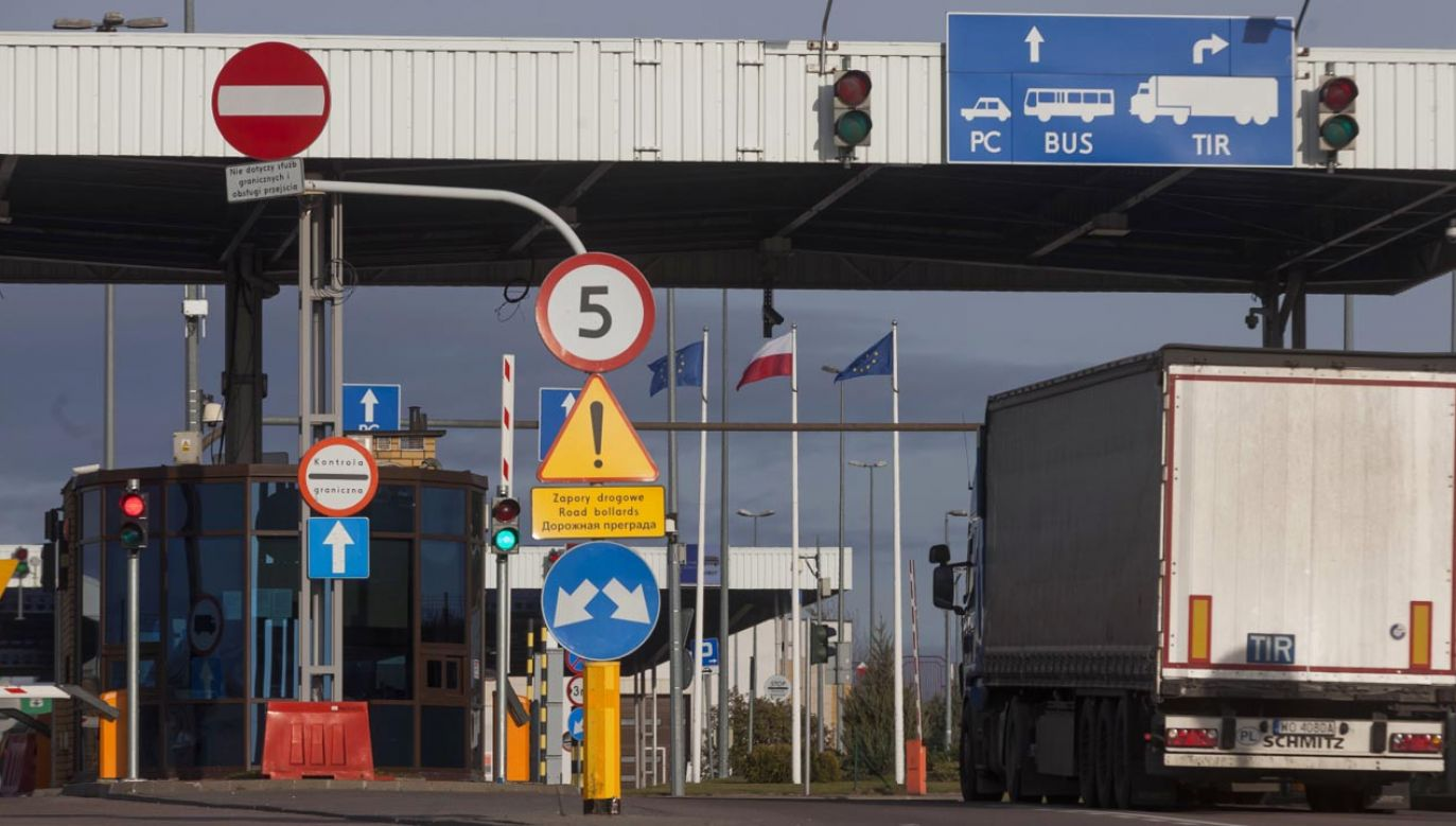 Do zatrzymania doszło na przejściu granicznym (fot. PAP/Marcin Onufryjuk)