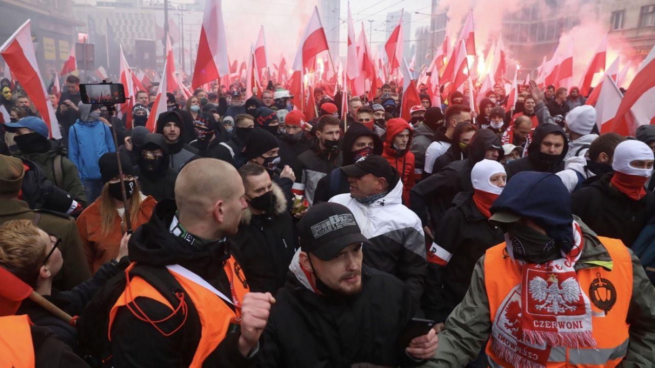 Marsz Niepodległości przeszedł przez centrum Warszawy (fot. PAP/Tomasz Gzell)