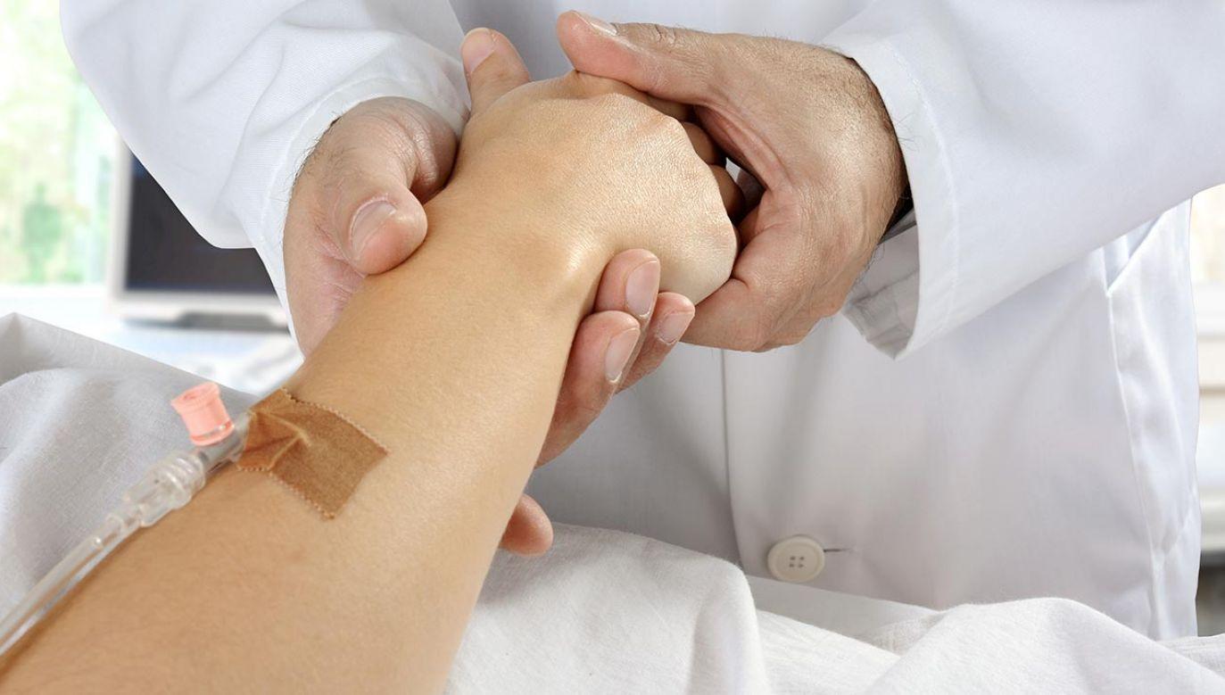 Próbom legalizacji eutanazji zdecydowanie sprzeciwia się Kościół katolicki (fot. ShutterstockDan Race)