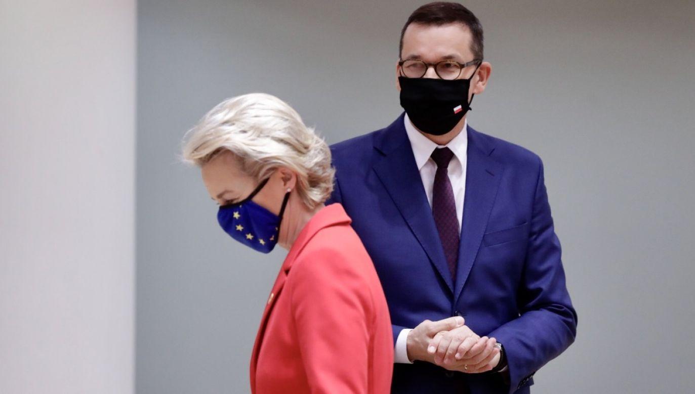 Morawiecki  wyraził rozczarowanie, że po dwóch miesiącach UE nie była w stanie zaradzić sytuacji i przyjąć ukierunkowanych sankcji wobec Mińska (fot. PAP/EPA/OLIVIER HOSLET)