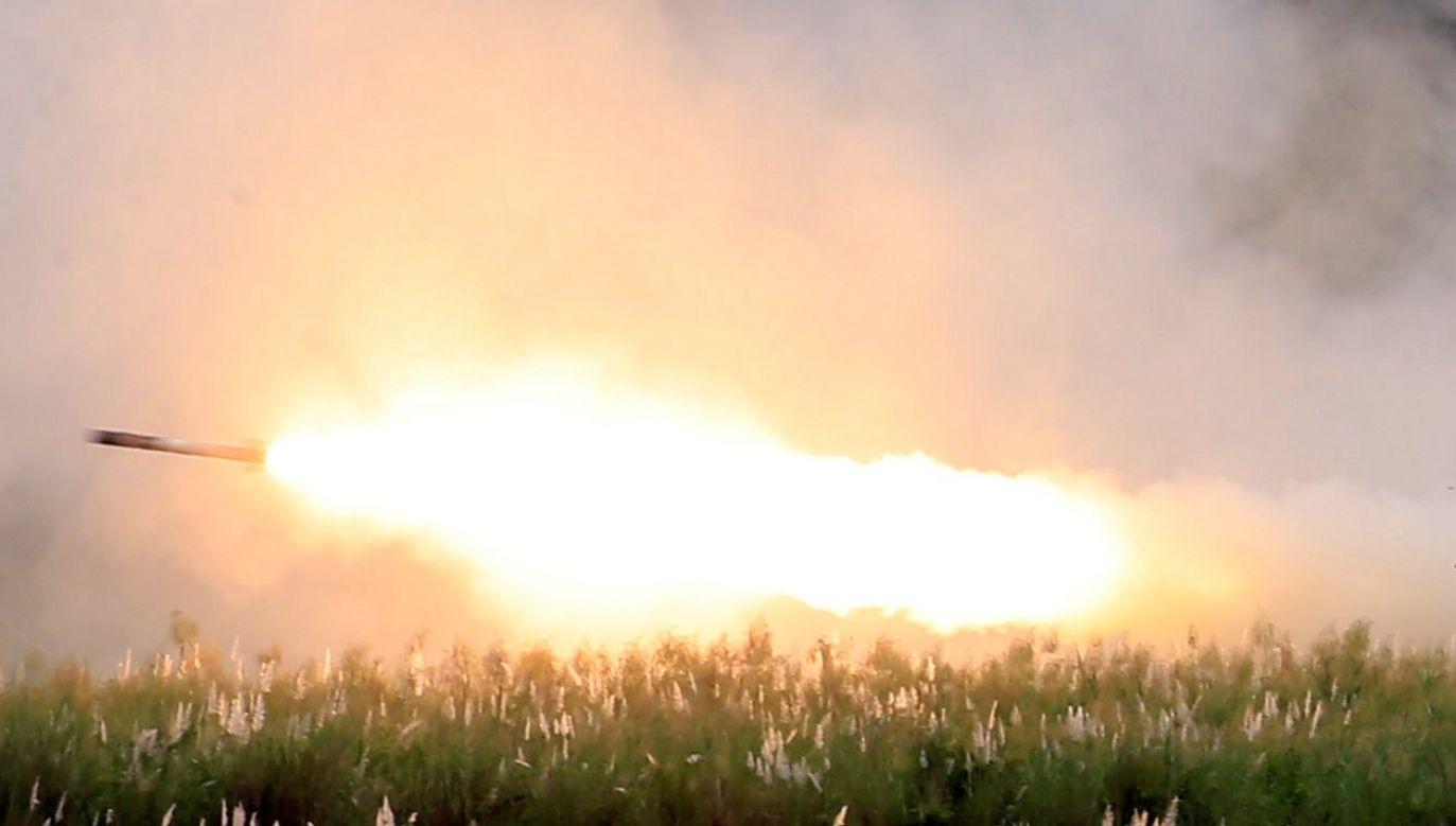 chodzi m.in. o pociski rakietowe do ruchomych wyrzutni HIMARS (fot. Reuters/Romeo Ranoco)