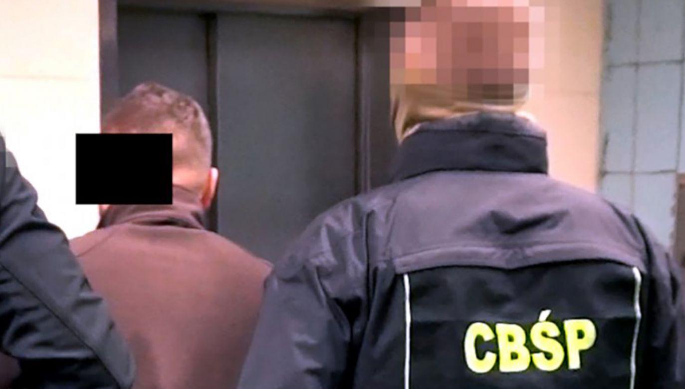 Wśród zatrzymanych jest dwóch byłych funkcjonariuszy CBŚP i jeden były funkcjonariusz CBA oraz jeden obecny funkcjonariusz CBŚP (fot. CBŚp, zdjęcie ilustracyjne)