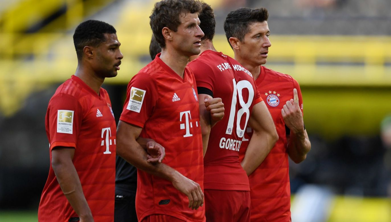 Piłkarze Bayernu Monachium w meczu z Borussią Dortmund (fot. Getty Images)