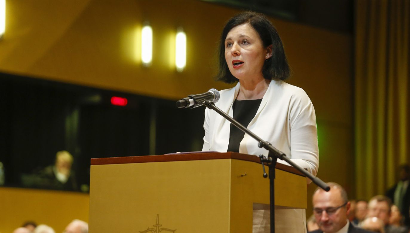 Viera Jourova, komisarz ds. wartości (fot. PAP/EPA/JULIEN WARNAND)