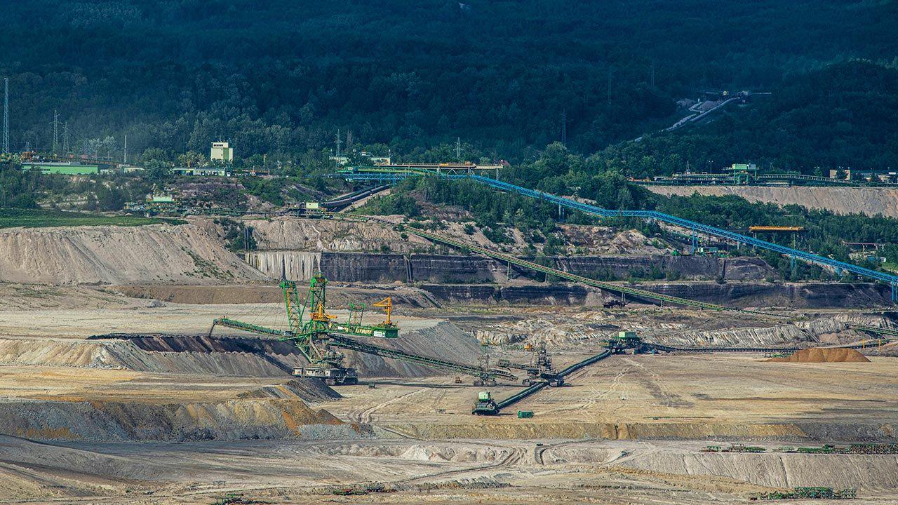 Zamknięcie kopalni w Turowie oznaczałoby konieczność sprowadzania węgla z Czech lub Niemiec (fot. PAP/CTK Photo/Radek Petrasek)
